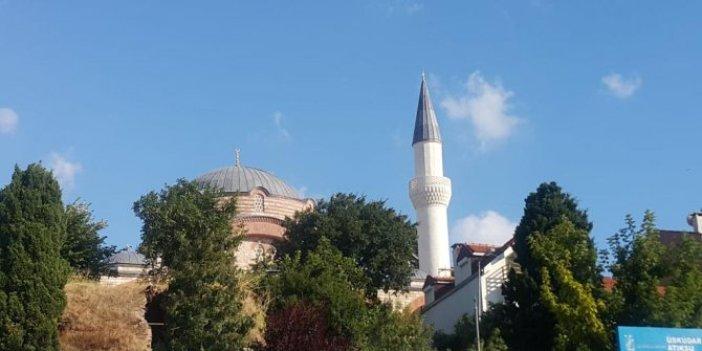 Tarihi camiye skandal minare