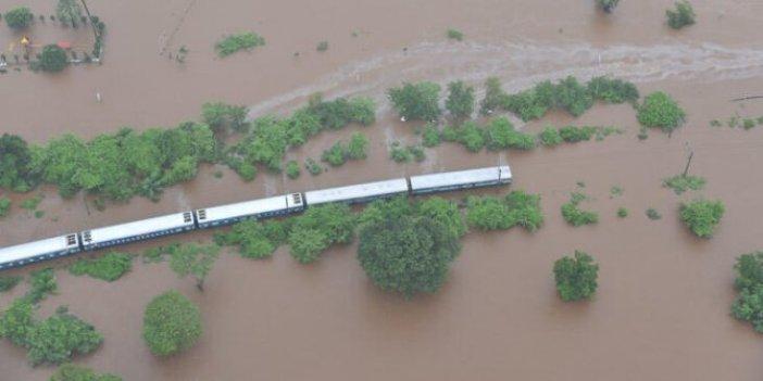 Hindistan'daki sel felaketinde ölü sayısı artıyor