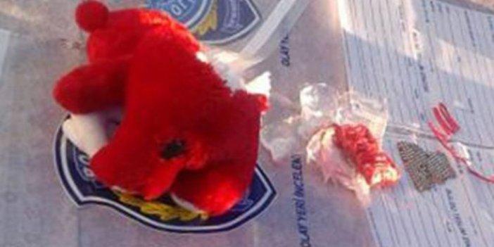 Suriyelilerin aracındaki oyuncak ayıdan bomba çıktı
