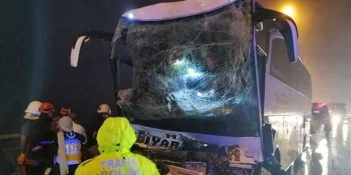 Anadolu Otoyolu'nda feci kaza: 37 yaralı