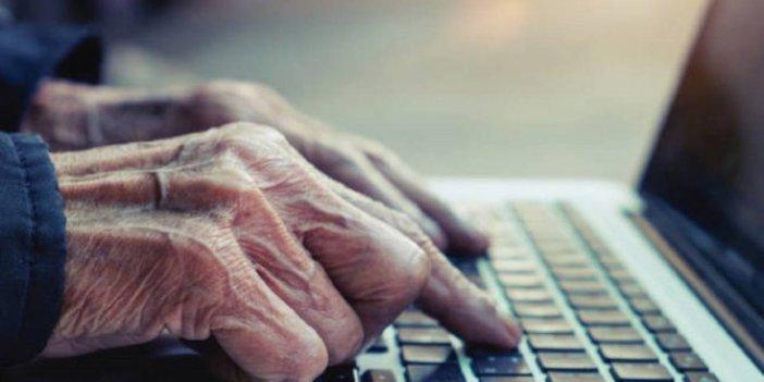 Yaşlı insanlar da dijital bağımlı olmaya başladı