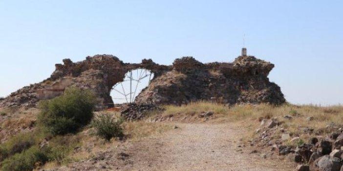 Osmanlı'nın ilk fethettiği Karacahisar Kalesi'nde kazılara başlandı