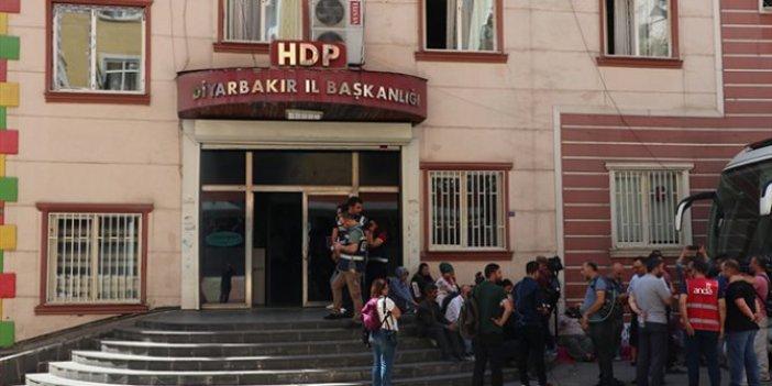 HDP önündeki 'Evlat nöbetine' katılan aile sayısı 21 oldu