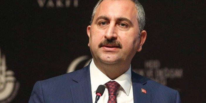 Abdülhamit Gül'den AKP'ye yakın yazarlara 'FETÖ' tepkisi