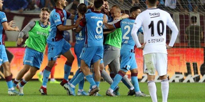 Beşiktaş taraftarından Abdullah Avcı'ya istifa çağrısı