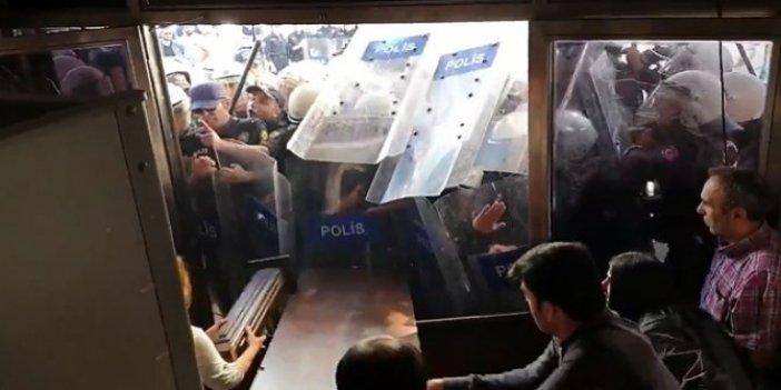 HDP'liler Diyarbakır'da polislere saldırdı