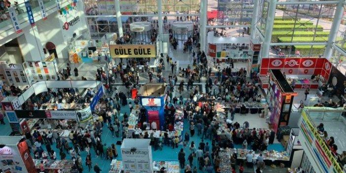 Yeniçağ yazarları Ankara'da okurlarıyla buluştu