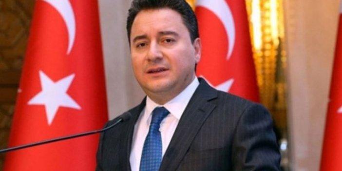 "AKP'li yetkili: ""Davutoğlu'na değil, Babacan'a odaklandık"""