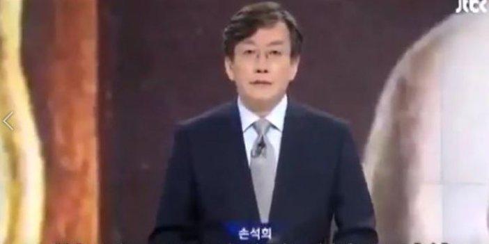 Güney Koreli sunucu 10 Kasım'da haberleri ayakta sundu