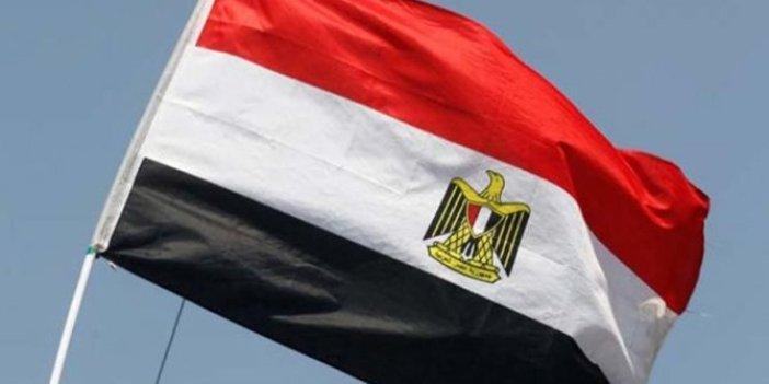 Mısır iki Türk vatandaşını sınır dışı etti