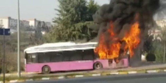Otobüste yangın paniği! Bir anda alev aldı