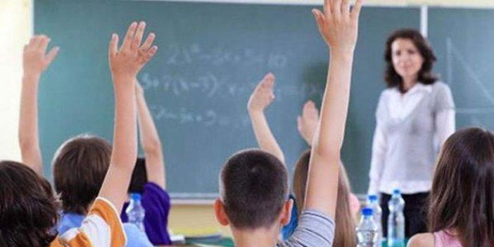 """Canan Yüceer: """"Öğretmen maaşları 10 yılda yüzde 22 eridi"""""""