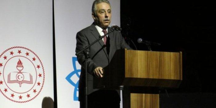 Konya Valisi Cüneyit Orhan Toprak, Öğretmenler Günü'nde öğretmeni azarladı!