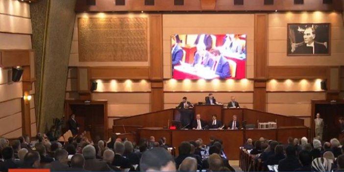 İBB Meclisi'nde büyük gerginlik!