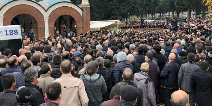 Sahte peygamberin cenazesine 3 bin kişi katıldı