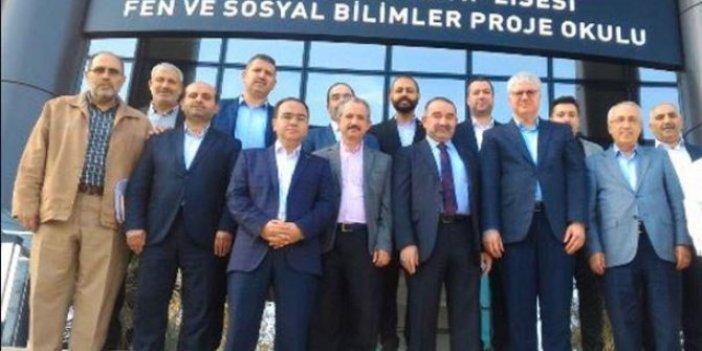 Erdoğan'a yakın isim FETÖ sanığıyla!
