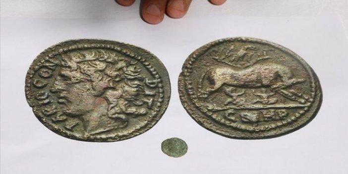 Parion Antik Kenti'nde 1800 yıllık sikke bulundu