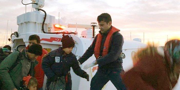 Çeşme'de 111 kaçak göçmen yakalandı