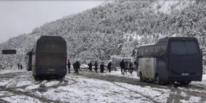 Doğu Karadeniz'de 57 köy yolu ulaşıma kapandı