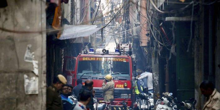 Hindistan'da yangın faciası: En az 40 ölü