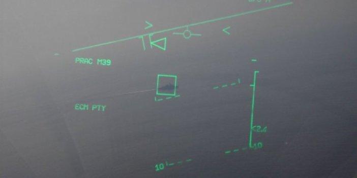 Türk savaş gemisinin hedef alındığı görüntü eski çıktı