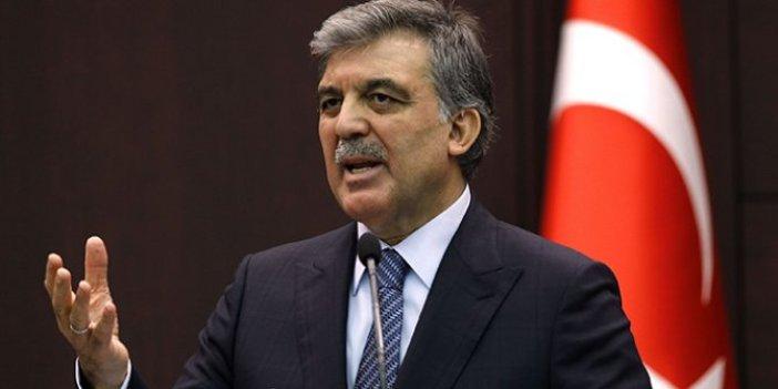 """Abdullah Gül: """"Demokrasi, güçlü parti, güçlü lider gölgesinde kalmamalı"""""""