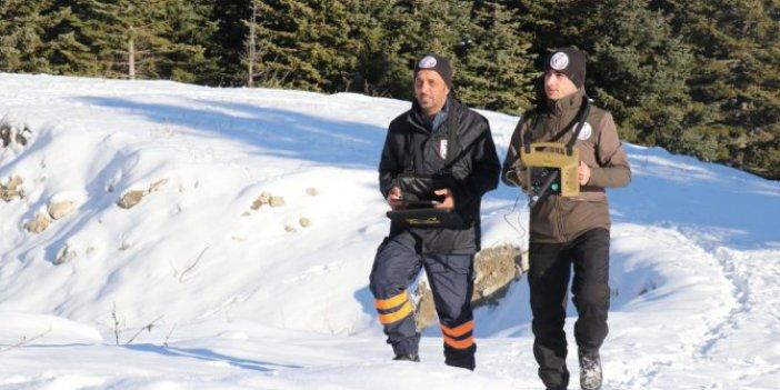 Kayıp dağcıları arama çalışmaları devam ediyor