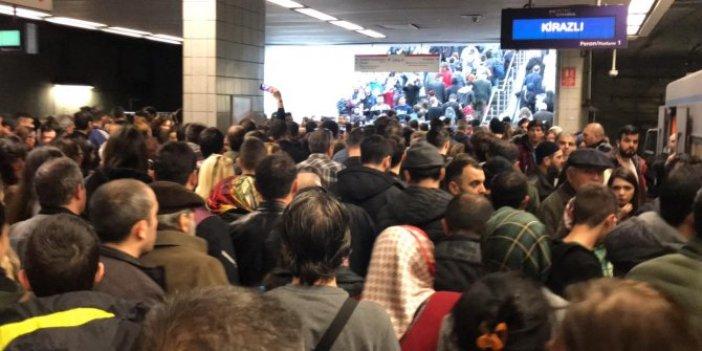 İstanbul'da metro raydan çıktı: Seferler normale döndü