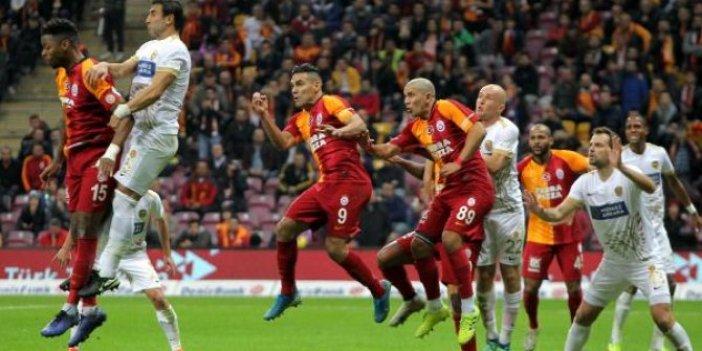 Galatasaray - Ankaragücü 2-2 (Maç özeti)