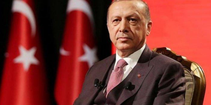 Erdoğan'ın kabinede düşündüğü isim yeni partilerle görüşüyor!