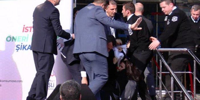 Sahneden yaka paça indirilmişti… Kimi protesto ettiği ortaya çıktı