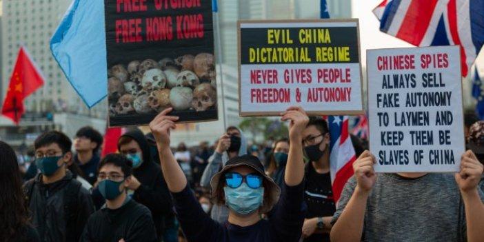 Hong Kong'taki Doğu Türkistan eylemine skandal müdahale
