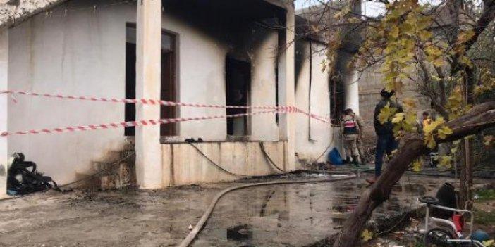 Minik Münzir, evde çıkan yangında öldü