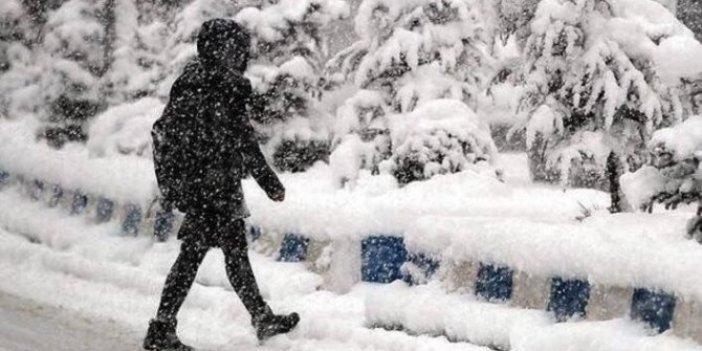 Meteoroloji kar yağışı için saat verdi!