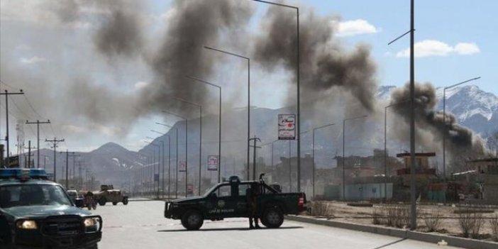 Afganistan'da askeri karakola bombalı saldırı!