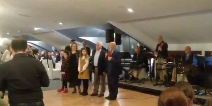 Doğu Perinçek ve Ethem Sancak Kürtçe şarkı söyledi