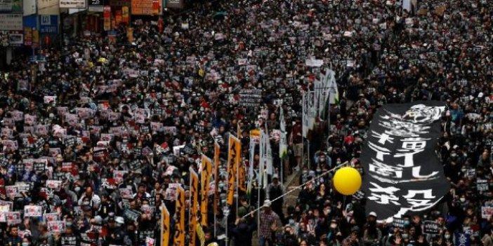 Hong Kong, yeni yıla protestolarla girdi!