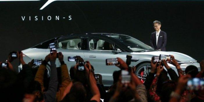 Teknoloji devinden elektrikli otomobil sürprizi