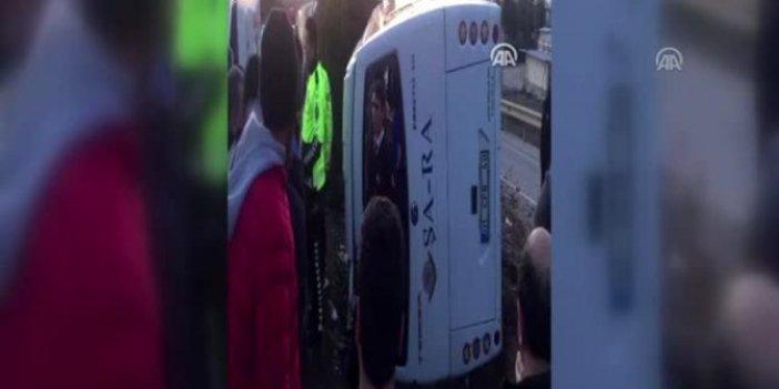 İşçi servisi devrildi! 25 kişi yaralandı