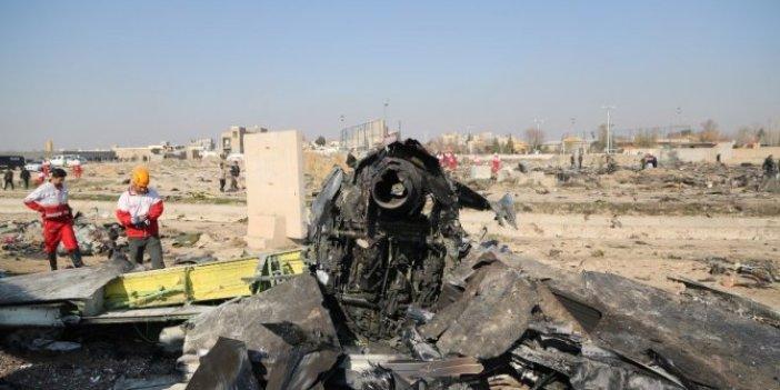 """İran'dan düşen uçakla ilgili flaş açıklama: """"Tüm sorumluluğu alıyoruz"""""""