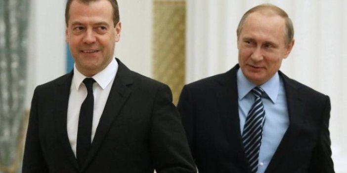 Rusya'da hükümet istifa ediyor!