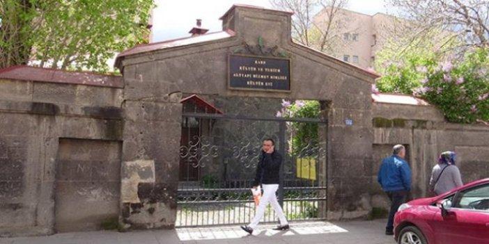 Tarihi bina iktidara yakın TÜGVA'ya mı verildi?