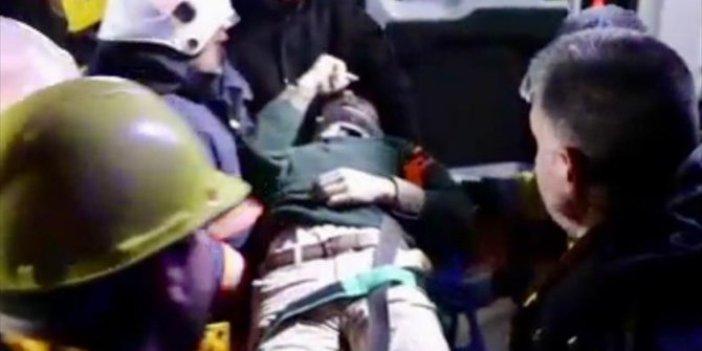 Elazığ depreminin ardından ilk kurtarma görüntüleri