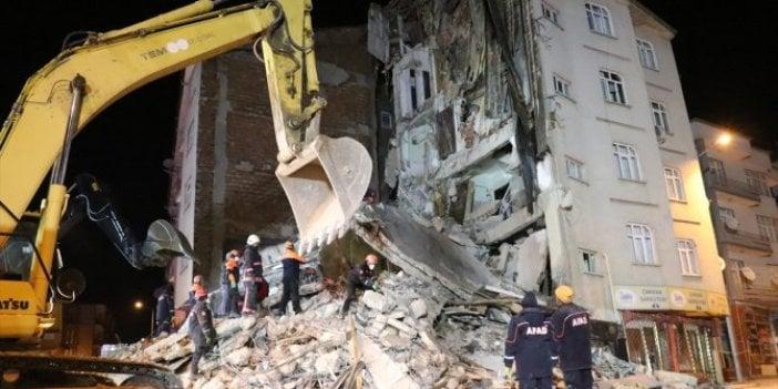 Elazığ'da son durum: Arama kurtarma çalışmaları sürüyor