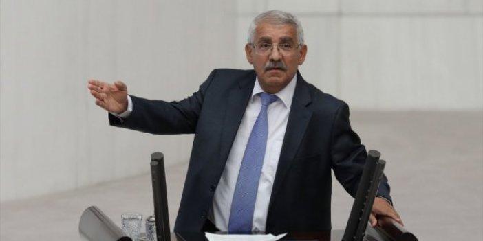 Fahrettin Yokuş: Vatandaşlık vaadi, daha fazla Suriyelinin gelmesine neden oluyor