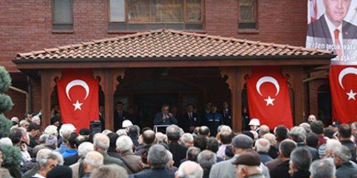 """AKP'li belediye yandaşa kıyağı """"Gözümüzden kaçmış"""" diyerek savundu"""