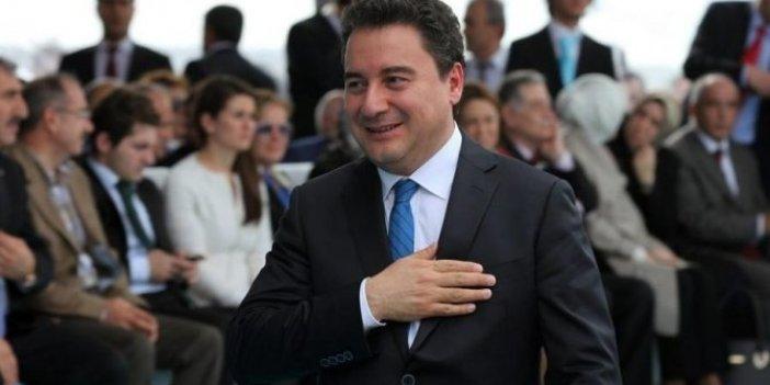 Ali Babacan, parti vitrini ile ilgili kararını verdi!