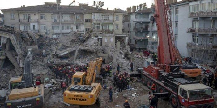 Bakan Murat Kurum: Elazığ'da binaların yüzde 25'e yakını ağır ve orta hasarlı