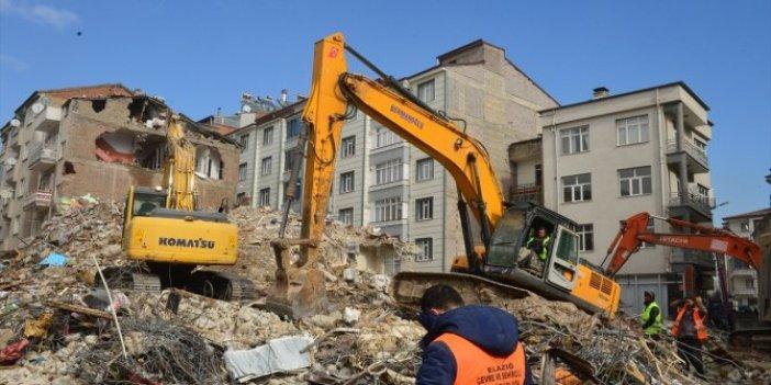 CHP Elazığ Milletvekili Gürsel Erol, depremle ilgili Yeniçağ'a konuştu