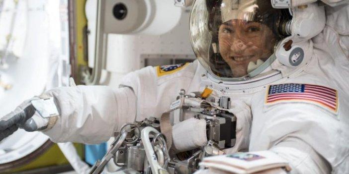 Uzayda 328 gün kalan kadın astronot rekor kırdı!